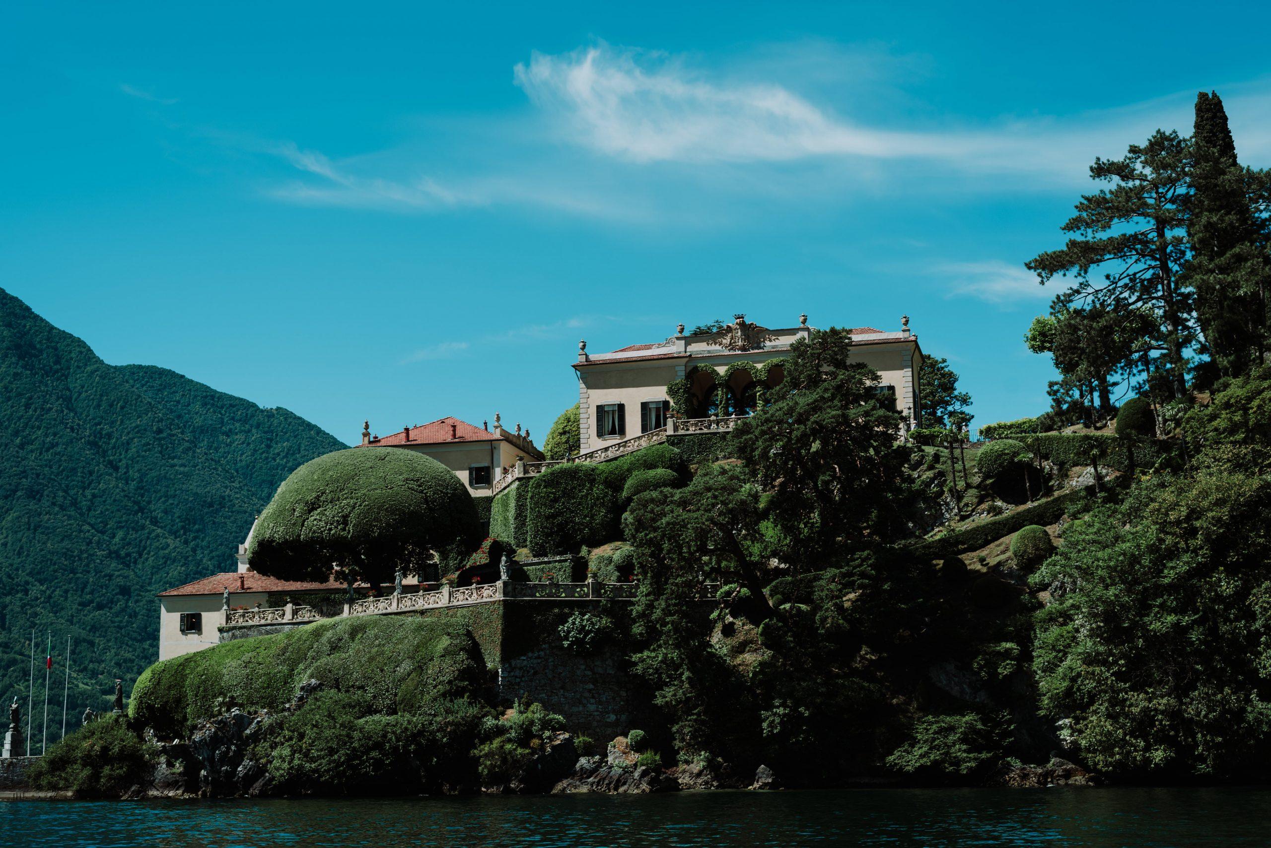 Wedding proposal in Villa del Balbianello